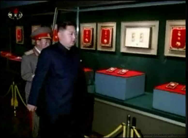 kim jong un looking at jewls