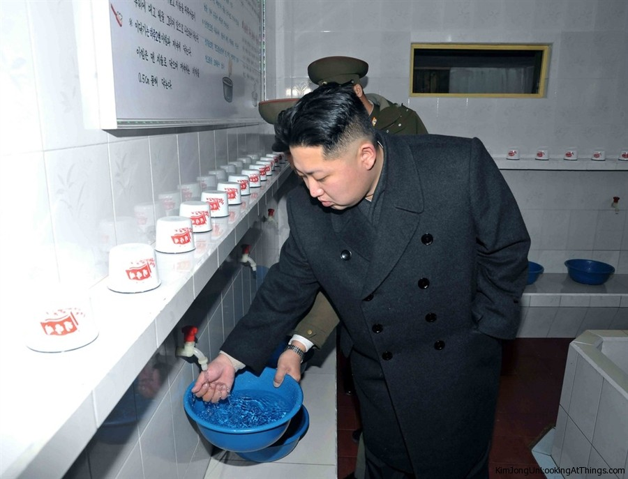 kim jong un washing hands