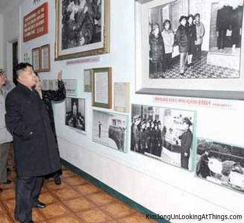 kim jong un looking at photos